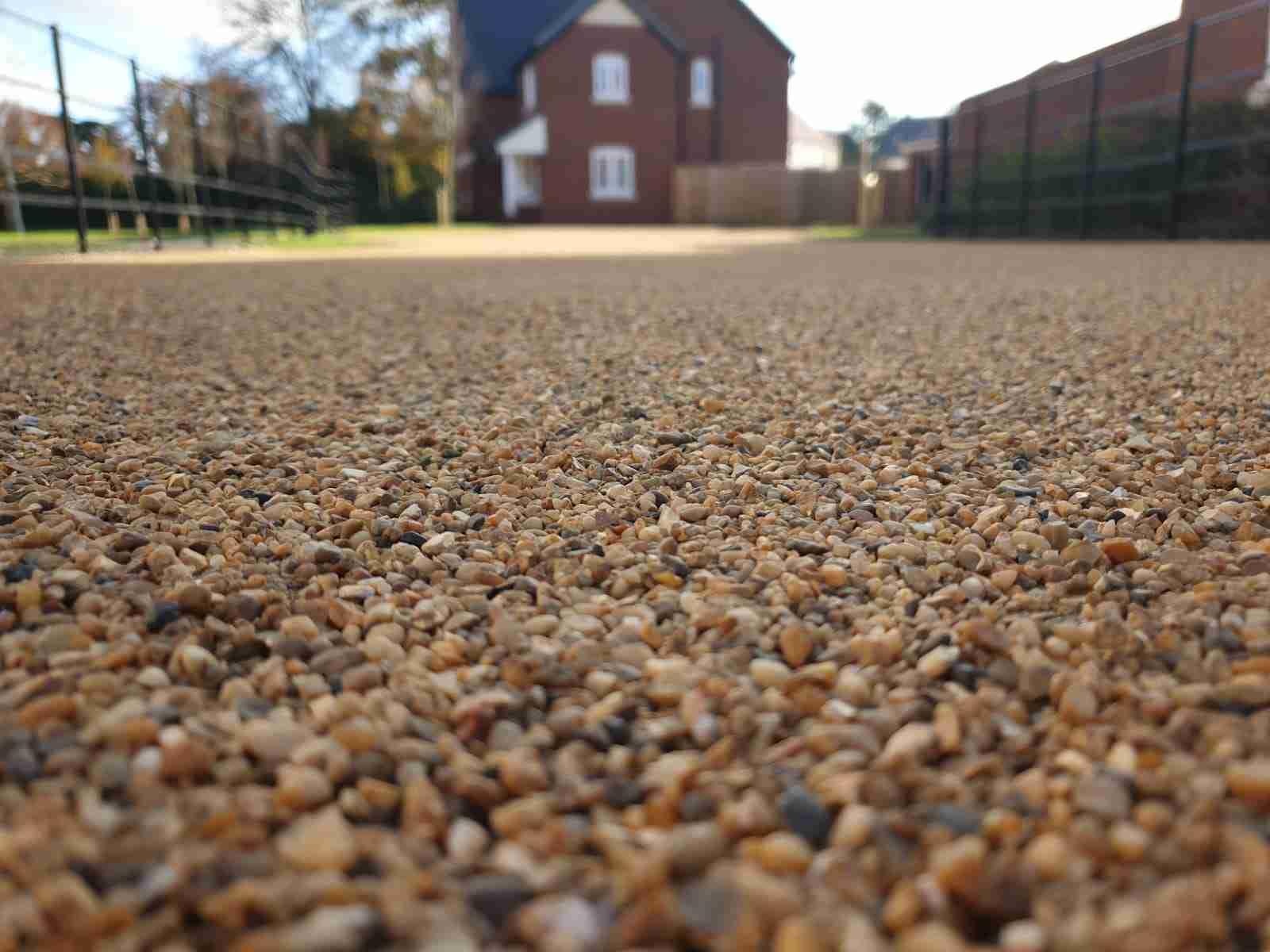 DecraStone Resin Bonded Gravel Driveway - Morris Homes Dunchurch