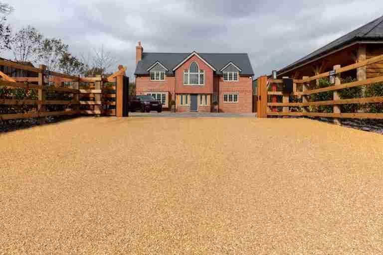 Decra®Stone resin bonded driveway