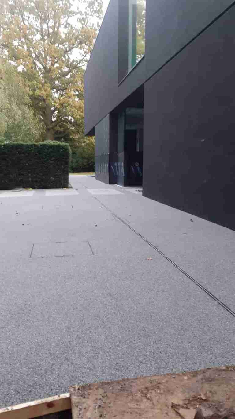 Decra Set Resin Bound surface in Steel Grey Winterhouse